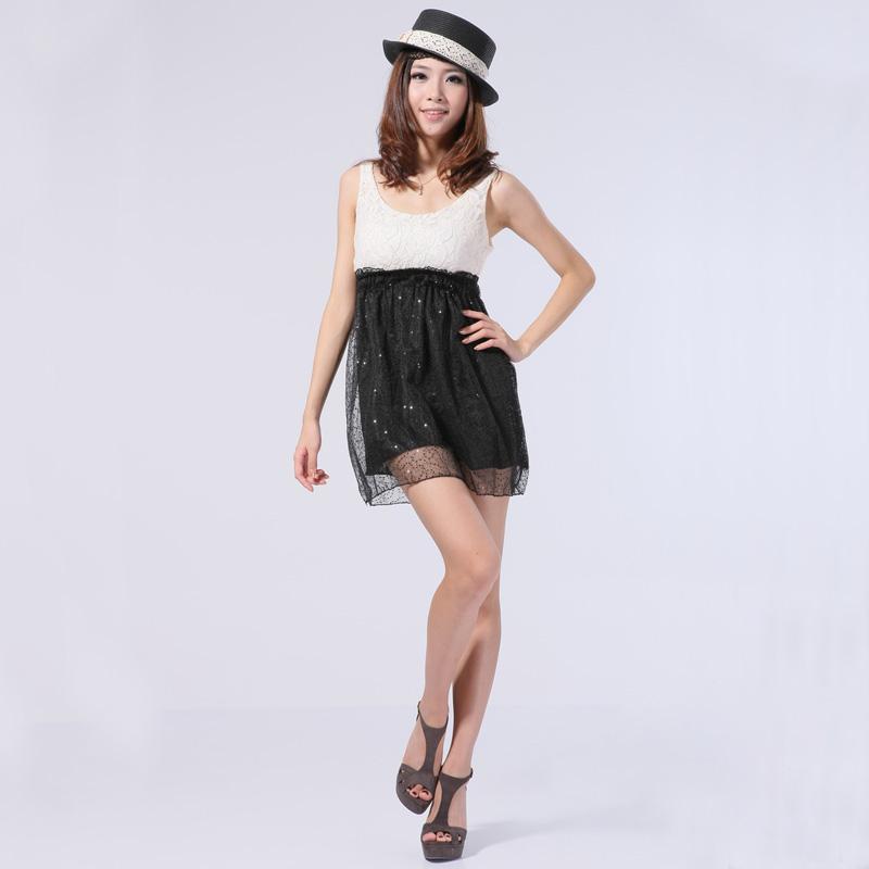 Cocktail Lace Mini Dress w/ Sequins - Beige and Black