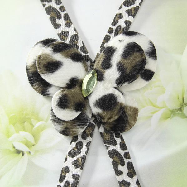 Butterfly Pattern Elastic Faux Crystal Bra Strap - Green Leopard