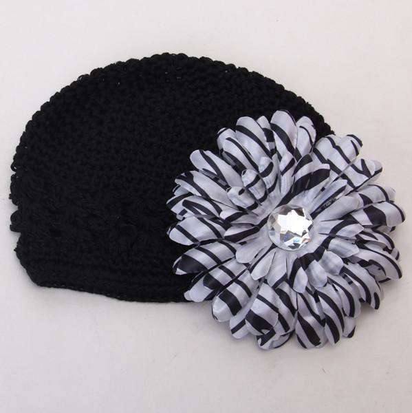 2pcs Crochet Handmade Beanie Cap Hat Rhinestone Daisy Flower Hairclip Headwear Black + Zebra