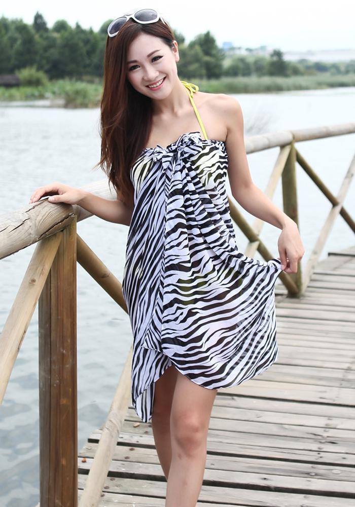 Women's Stylish Swimsuit Pareo Zebra Pattern Chiffon Beach Scarf Towel Cover Up White and Black