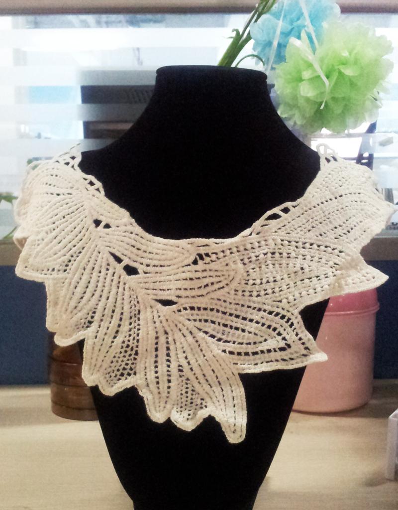 Beige Cotton Neckline Lace Collar Charming Sewing Applique Style 05
