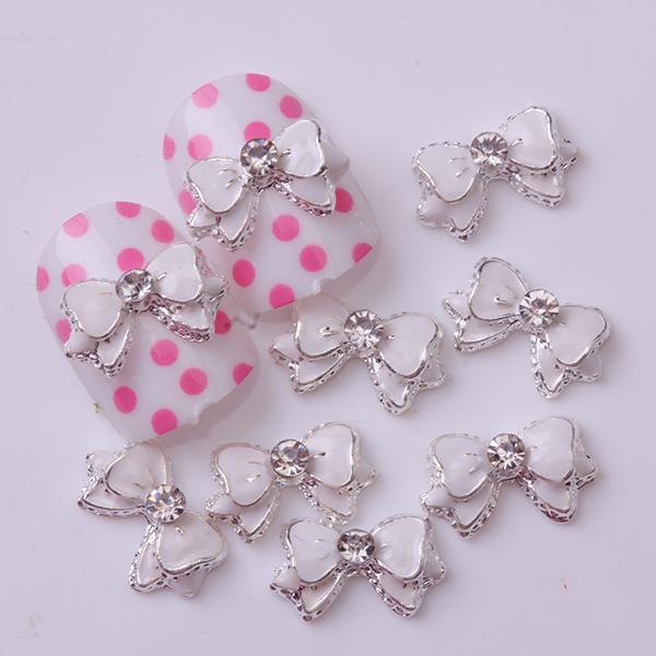 10Pcs White Cute Ribbon Bowknot Bling Rhinestone Nail Art Accessories Cellphone Decoration