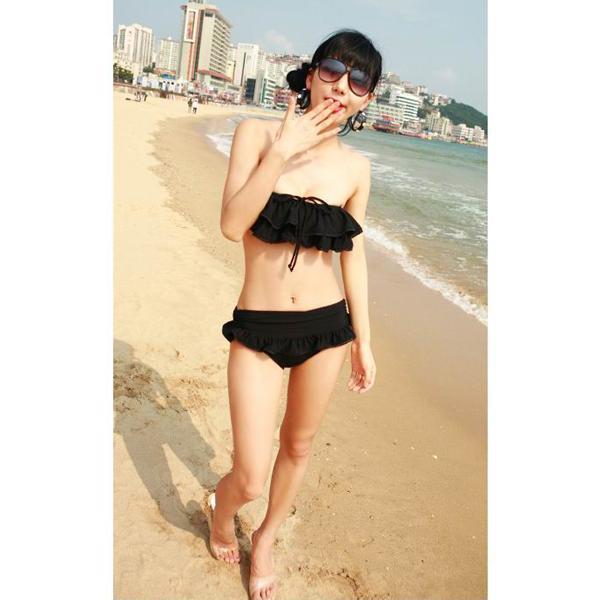 2pcs Women Bandeau Ruffle Swimsuit Bikini Boob Tube Top Swimwear Tiered Shorts Bikini US 0