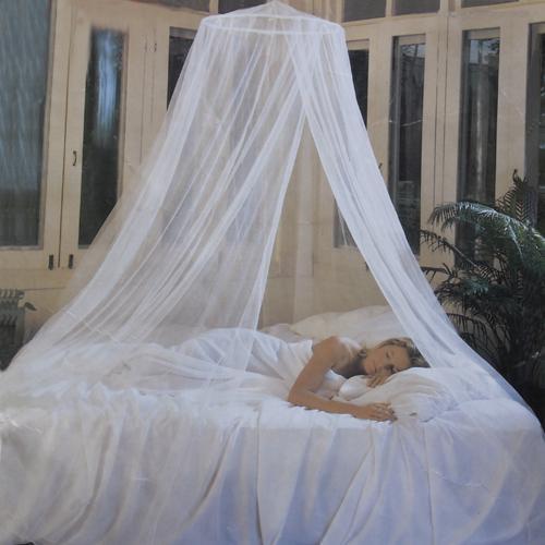 White Elegant Canopy Mosquito Net