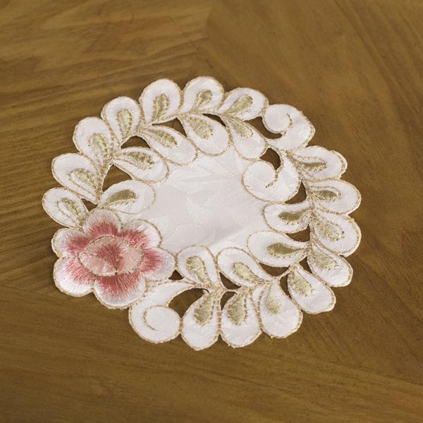 5.5 inch Round Flower Doily Placemat Centerpiece Coaster