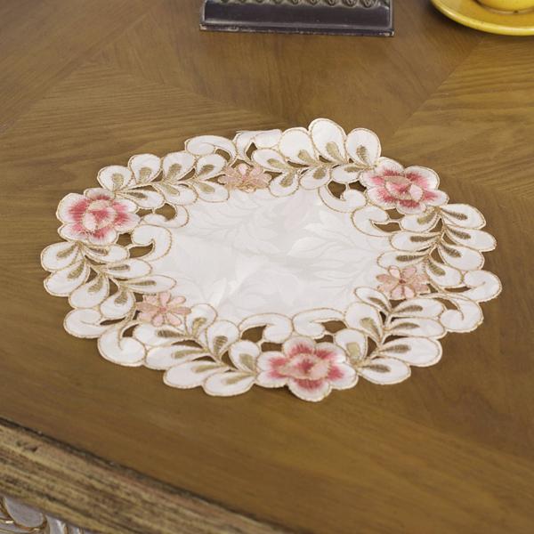 10 inch Round Flower Doily Placemat Centerpiece Coaster