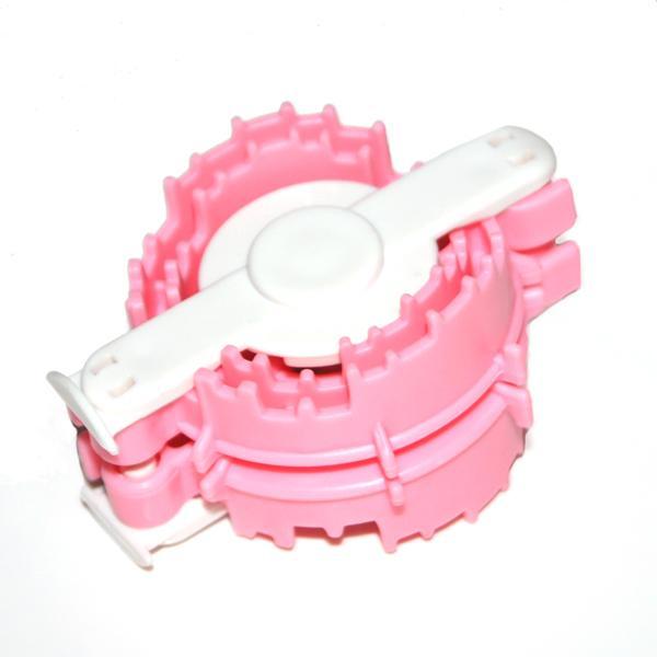 Plush Ball Plastic Weaver - 4cm