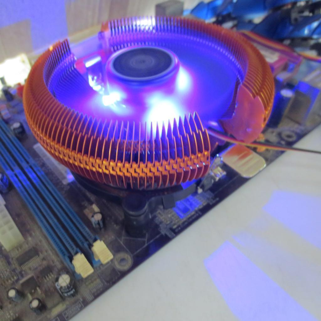 CPU Cooling Fan for Intel LGA775/Celeron/Pentium4/Pentium D/ AMD 754/AM2/AM3