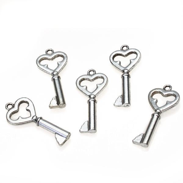 10pcs Alloy Heart Shape Key Pendants Silver