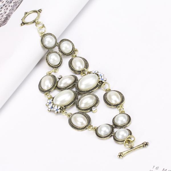 Vintage Flower Pearl Wide Bracelet