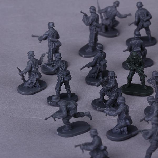Caesar Miniatures 074 WWII Late War German Army 1:72 Infantry Model
