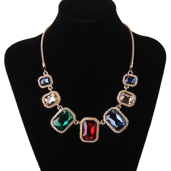 Exaggeration Retro Glass Artificial Gems Golden Necklace